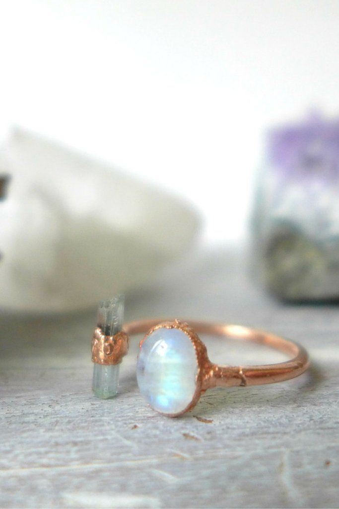 Aphrodite Ring - Rainbow Moonstone   Raw Aquamarin Copper Open Ring // Size 8