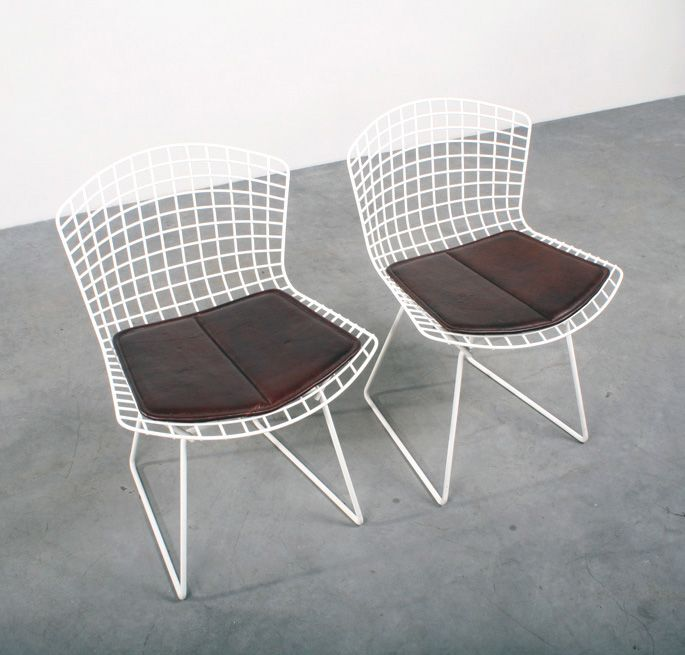 Bertoia side chairs Knoll design stoelen