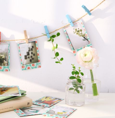 The Fujifilm Instax Mini Cath Kidston Mint Instant Film is an awesome design film featuring UK designer Cath Kidston's signature vintage floral prints. You can take up to 10 photos with this pack.