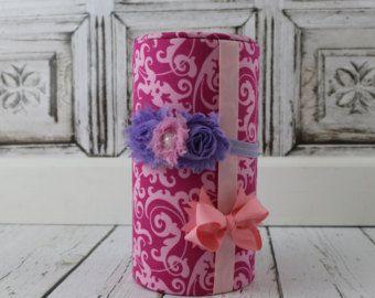Arco soporte diadema rosa de Damasco titular por ThePoshPixieShop