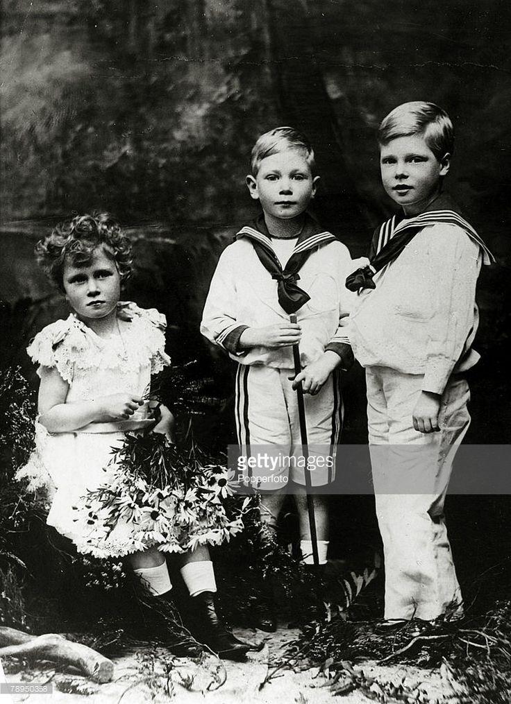 circa 1900, The Royal children, left-right, Princess Mary, Prince Albert and Prince Edward