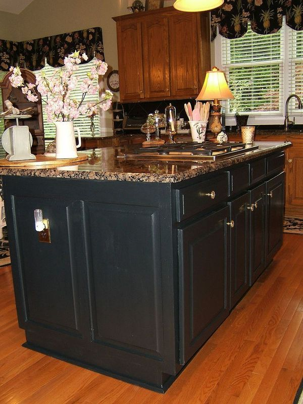 painting an oak island black, kitchen cabinets, kitchen design, kitchen island, painting, Sorry for the shadows on the island in the photo I m thrilled that I chose this paint I had a bid for 1200 to paint this black The paint was 44 and the Lacquer was 60 quite a savings