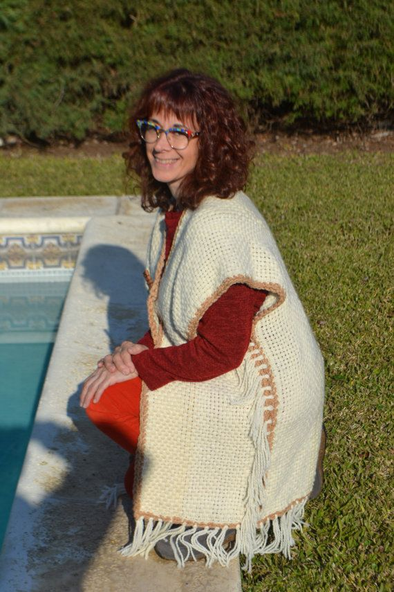 Hand knit Vest / handwoven Vest / Long wool ivory and