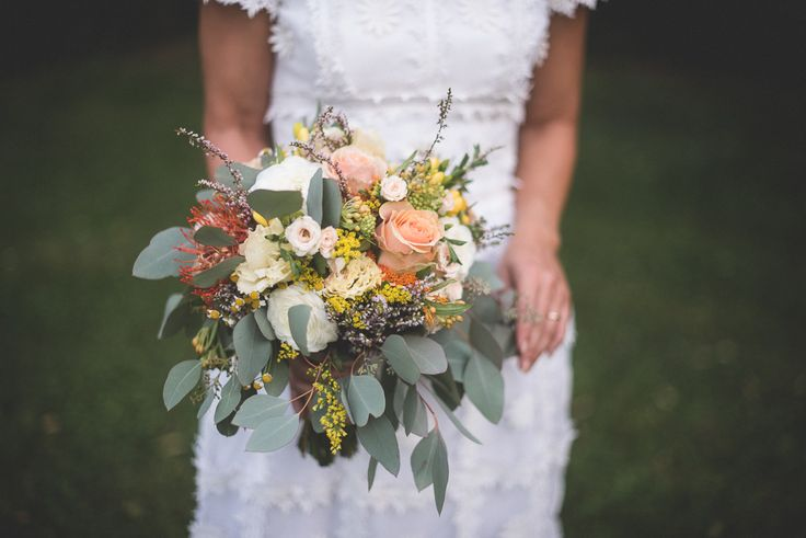 http://www.thesweetside.it #bouquet #flowers #bohochicwedding #annalisabombarda #boho #chic #wedding