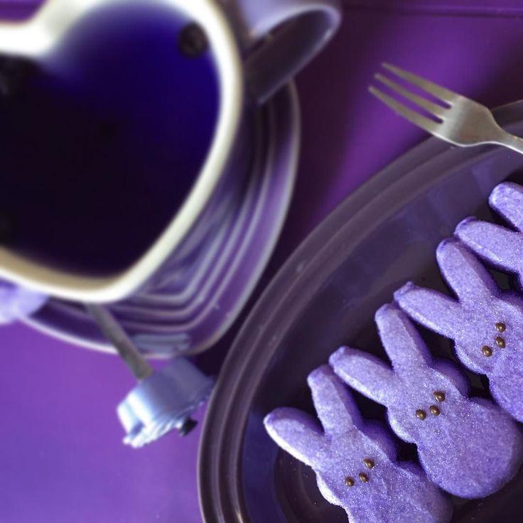 #happyeaster #easterholiday #purpleeaster #purplebunny #peeps #marshmallow #yumyumyum #foodporn #foodphotography #drinkporn #drinkphotography #lecreusethk  by mmaisy