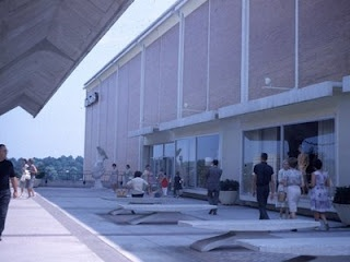 Lenox Square Mall, 1962. This was the courtyard in front of the Davidson's store (later Macy's), which was completely remodeled and enclosed in the late 1970s. This is where the food court area is today.