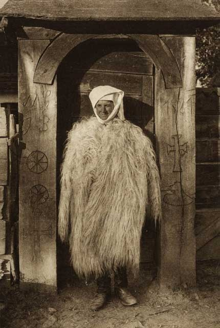 Romania Dragus,-costum-de-iarna.jpg (430×640)