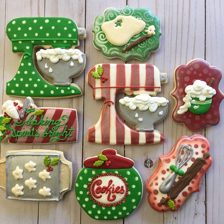 Christmas baking! ❤️ #bakingcookies #christmascookies #christmasbaking #christmasbakingcookies #southcarolinabakery #southcarolinabaker