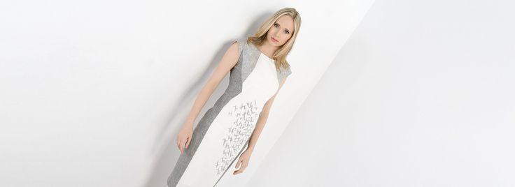 Lniana sukienka w odcieniach szarości. Linen dress in shades of grey. http://www.bee.com.pl/e-sklep/