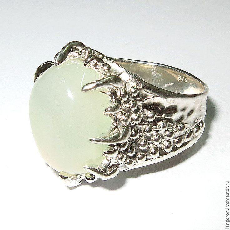 "Купить Серебряное кольцо ""Гамбург"". Серебро 925 пробы. Белый опал. - кольцо"