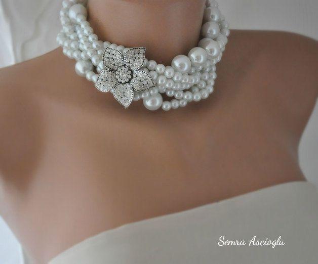 E 'boho chic design e di lavoro ispirato anche d'epoca  Layered collane di perle sono pezzi senza tempo che possono essere indossati in ogni stagione di ogni anno  Per qualcosa di unico per voi...