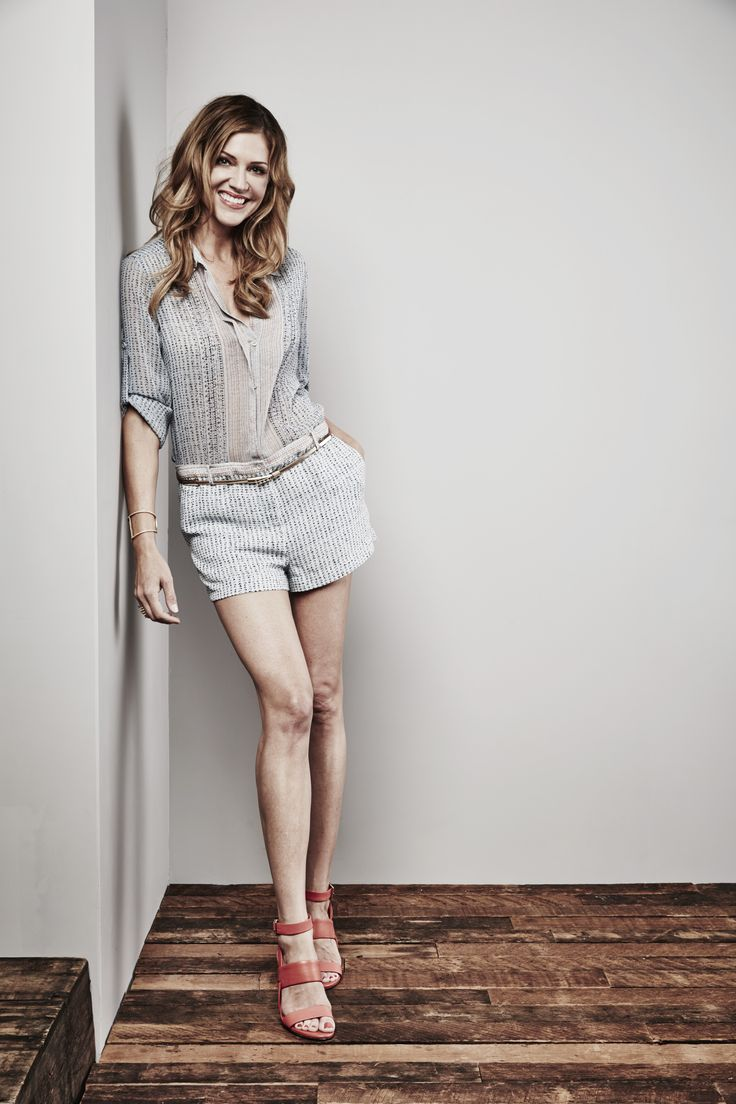 539594480556106.jpg (3761×5642) Tricia Helfer of 'Con Man' poses for a portrait at the Getty Images Portrait Studio Powered By Samsung Galaxy At Comic-Con International 2015 at Hard Rock Hotel San Diego on July 11, 2015 in San Diego, California. http://www.summer-glau.com/forum/24-323-90