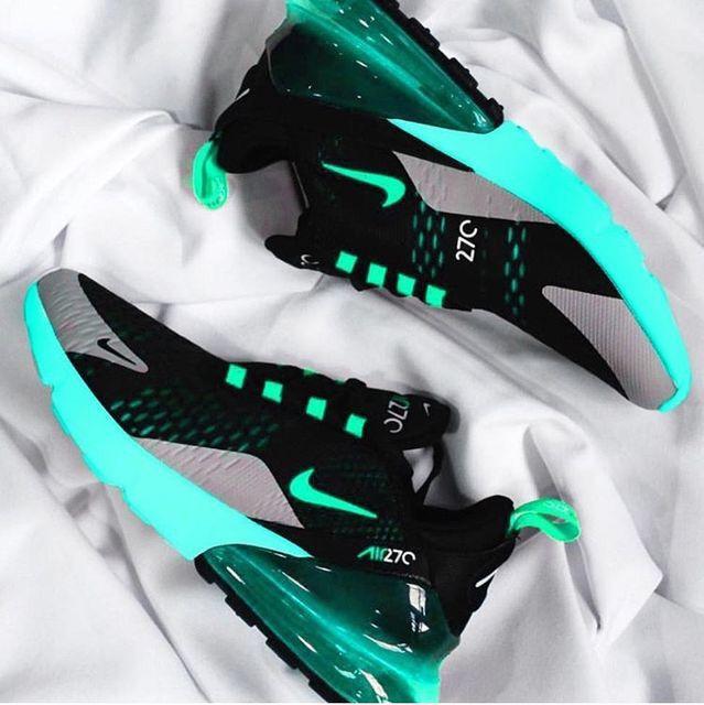 Online sneaker store, Sneakers fashion