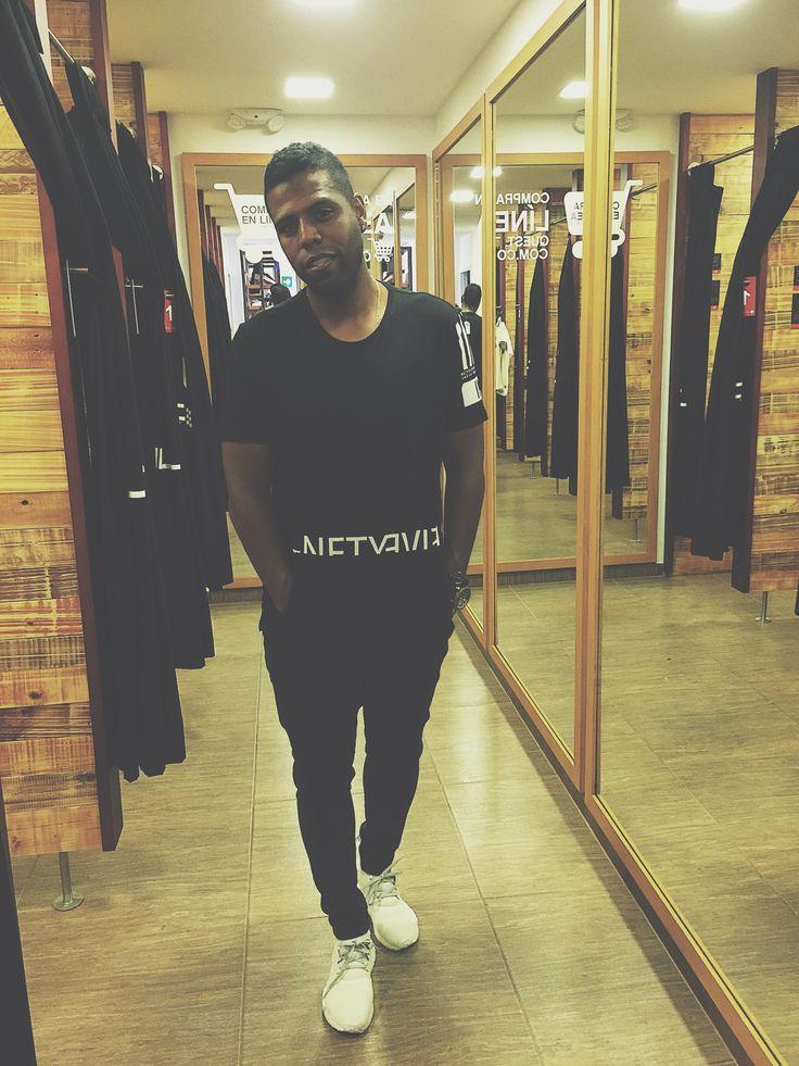 No es solo la ropa, también es tu actitud #ElementBlack
