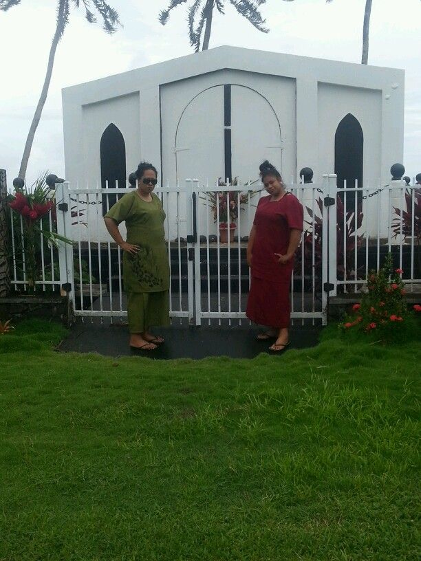 The grave yard of a well respected priminister of Samoa. RIP