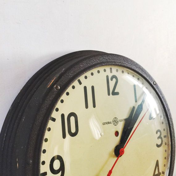 vintage industrial electric wall clock large by PropsandPieces #epsteam