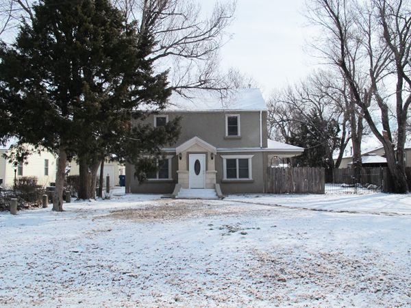 #Auction - March 14th @ 11:00 A.M. - 1044 N Sheridan St Wichita KS - 4-Bedroom, 2-Bath move-in ready traditional home on 1/2 Acre lot +/-. Many updates including new floor, sheet rock, insulation, carpet, bathroom fixtures, bathroom tiles, new kitchen cabinets, faucet and sink, new doors and freshly painted. Within the past year part of the electrical was replaced, new siding on the back...