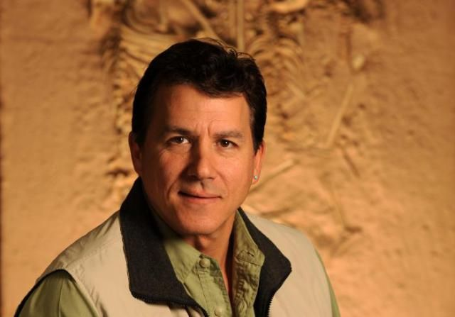 These Paleontologists and Fossil Hunters Changed Dinosaur History: Paul Sereno (1957-)