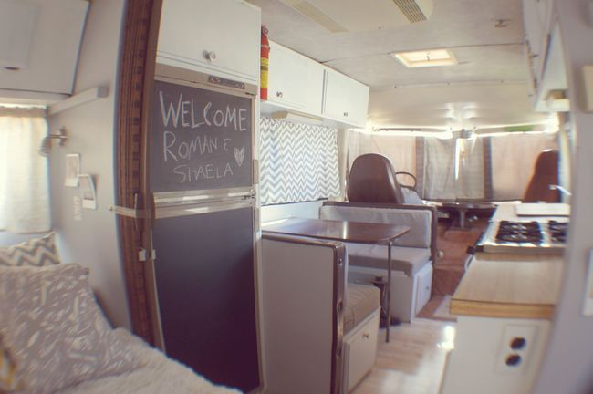 vintage motorhome ideas  pinterest gmc vans camper interior  motorhome conversions