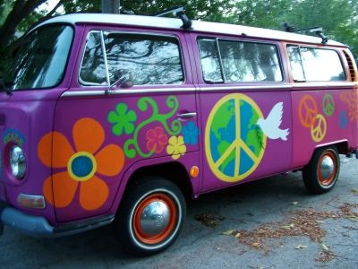 Always wanted one of these. Not this paint scheme but the bus for sure