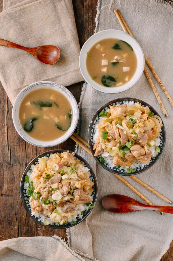 #Oyakodon, a japanese rice dish of chicken, onions, and eggs flavored with mirin, soy, and dashi stock, is a one-pan, quick meal, recipe by the Woks of Life