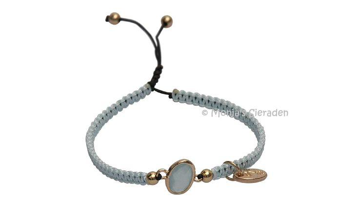 Dare to be fabulous armband Ice Blue by Jozemiek. (JA032)