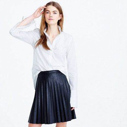 I wonder if I can pull this off...? I have a pair of pleather pants from 4ever 21 and they fit and feel fantastic. But I can see myself sweating and the skirt sticking to me at end of a workday.
