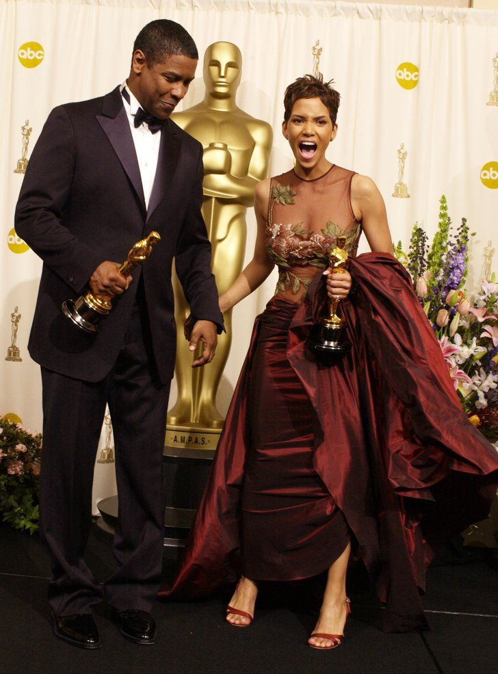 Pin for Later: All the Fun Vintage Pictures From the Oscars Press Room  Denzel Washington and Halle Berry, 2002