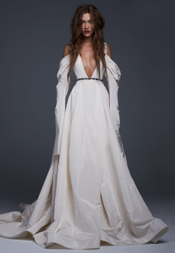 31 best Vera Wang is where my heart is at images on Pinterest ...