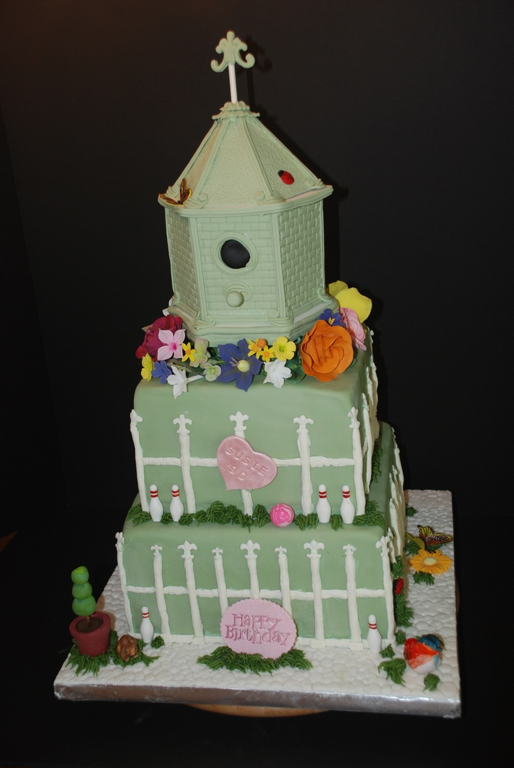 House design cake - Designed After A Cake I Saw In A Magazine With A Bird House Design This