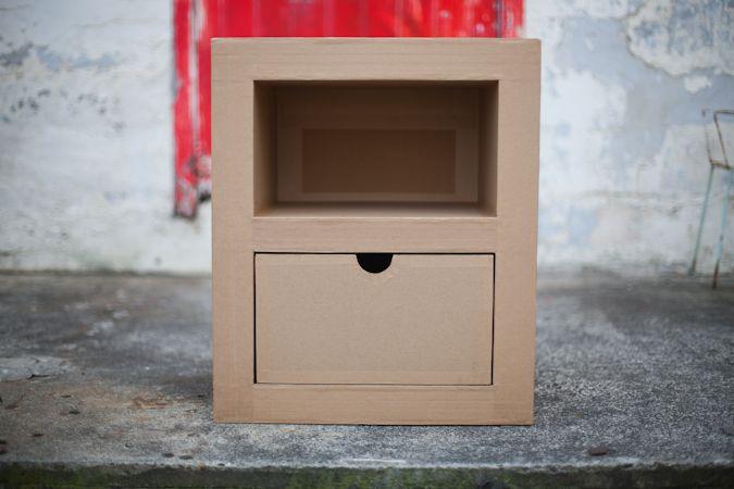 Bibi Carton cardboard bedside table