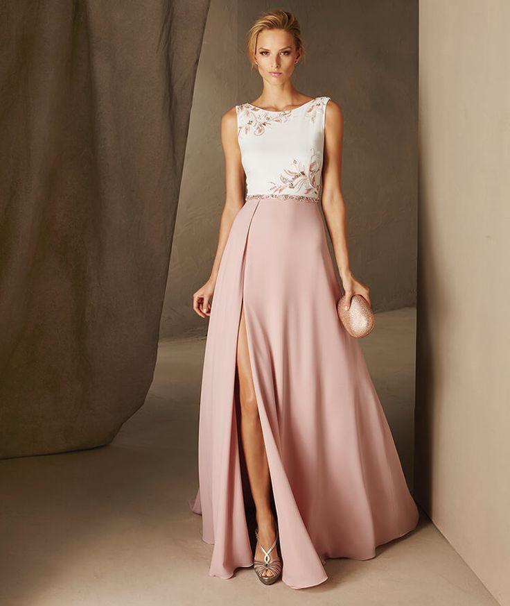 CAULA - Pronovias long dress with a bateau neckline   Supernatural Style | https://styletrendsblog.blogspot.com/