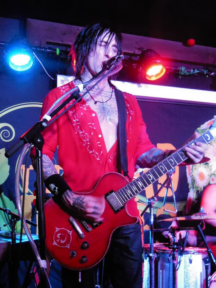 Richard Fortus -The Dead Dasies, Wolverhapmton