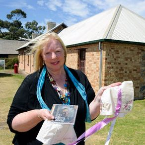 Albany women who took part in a worldwide project honouring Australia's convict women had the chance to meet project founder Christina Henri this week.