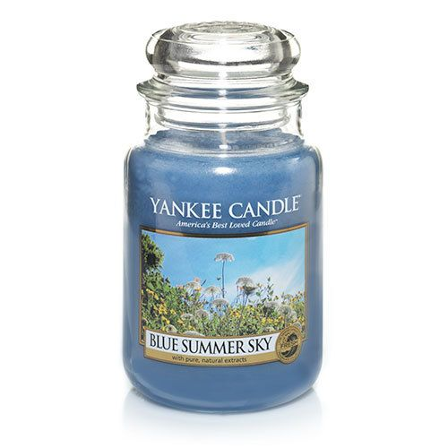 Let the sunshine in. Nothing seems as perfect as a big, bright and beautiful blue sky on a summer afternoon. The air always seems cleaner; the earth more fragrant. This bright fragrance captures all the glory of a heavenly summer day with the crisp, clean scent of summer berries and fresh ginger, enhanced with notes of jasmine, orange blossom and blue lotus.