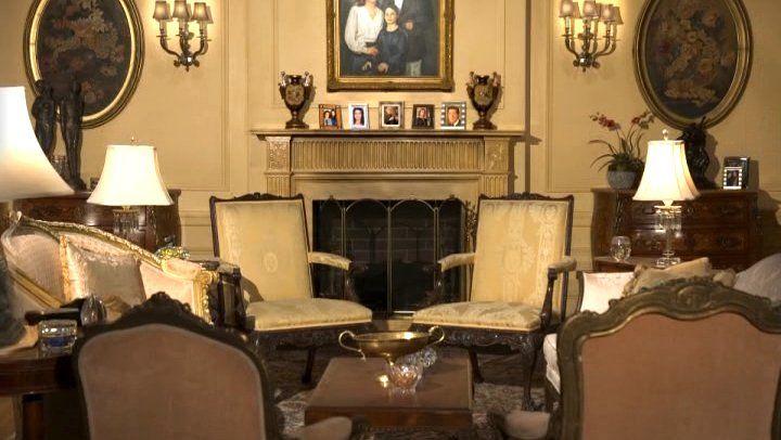 Emily Gilmore Living Room
