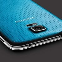 8 problems with Samsung's Galaxy S5, and how to solve them  Read more: http://www.digitaltrends.com/mobile/galaxy-s5-problems/#ixzz36FUws6Nh  Follow us: @digitaltrends on Twitter | digitaltrendsftw on Facebook