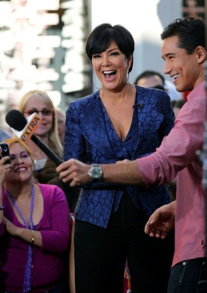Kris Jenner Photos Photos - Kris Jenner and Melissa Gorga film interviews with Mario Lopez for Extra TV at The Grove. - Kris Jenner on 'Extra'