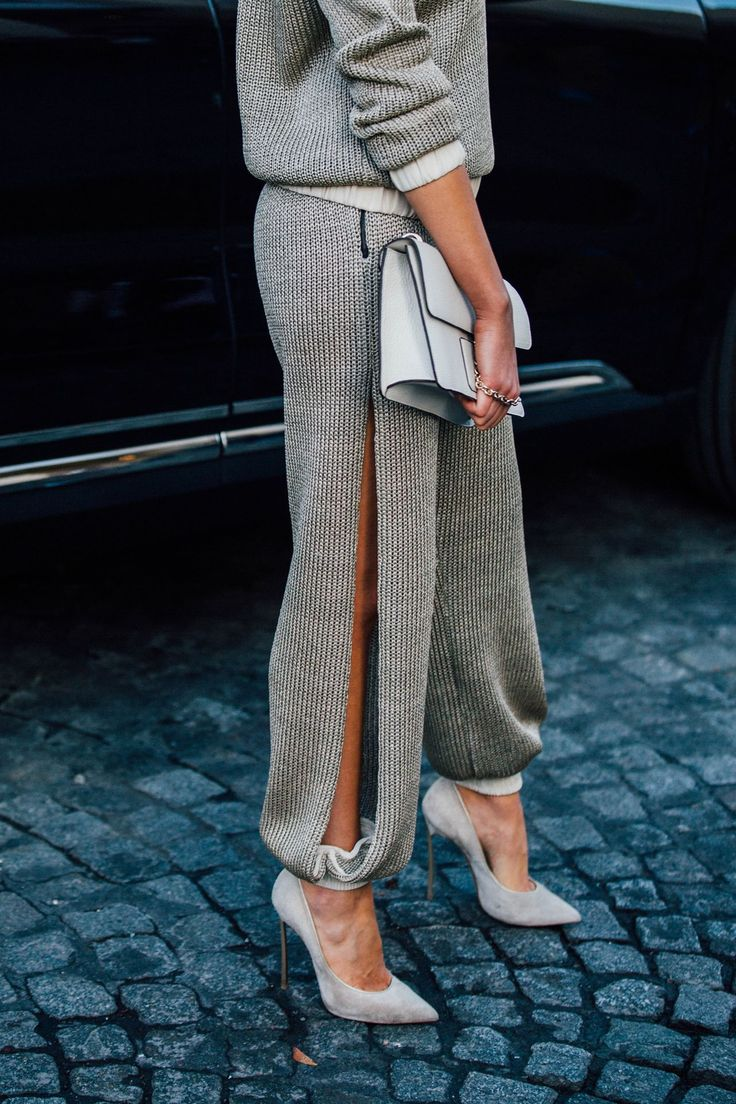 Knit pants w/ side slit #PFW spring/summer 2017 #StreetStyle