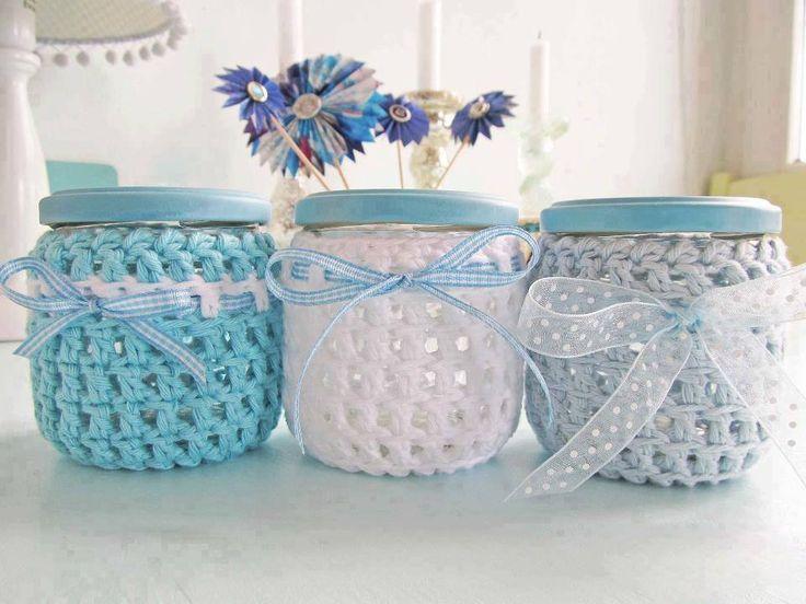 Potinhos cobertos com crochê