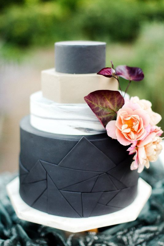 Masculine Details Modernweddingcakes In 2019 Wedding