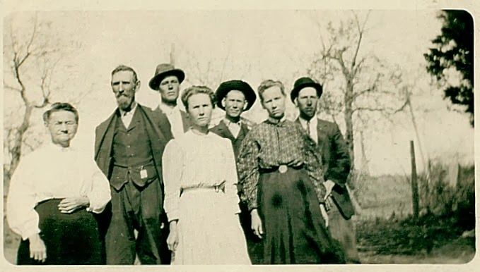 The Old Trunk in the Attic: Friday's Faces from the Past - Negley family