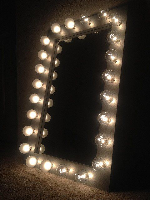 Lighted vanity makeup mirror called Silver Belle  Excellent mirror for your  beauty needs  Frame. 1000  ideas about Lighted Vanity Mirror on Pinterest   Diy vanity