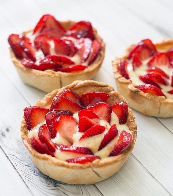 Strawberry custard tarts