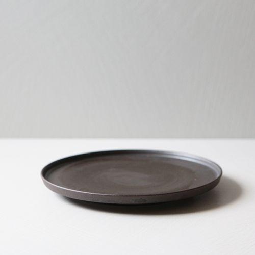 온 흑유 접시 25 / 74,000원