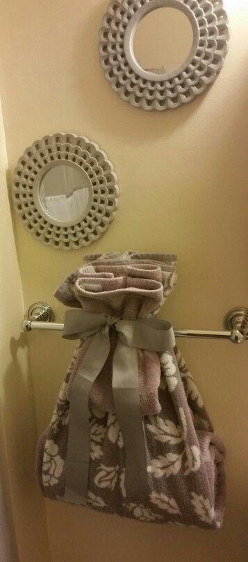 Best 25 towel display ideas on pinterest bathroom - Decorative hand towels for bathroom ...