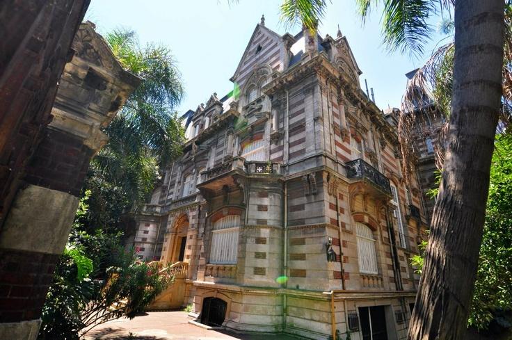 Palacio Hume, luego Maguire. Av Alvear y Posadas.