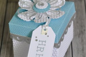 How to Make a Gift Box Fit for Royalty