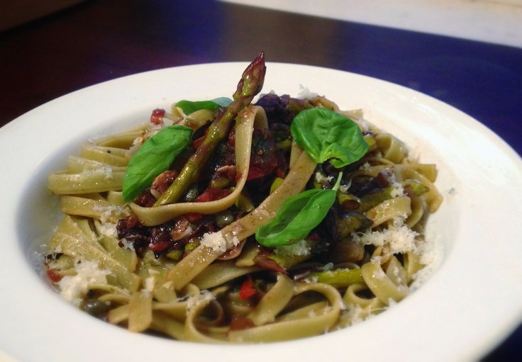 In my house My Kitchen Rules.  Roasted balsamic tomatoes and asparagus on spinach fettucine