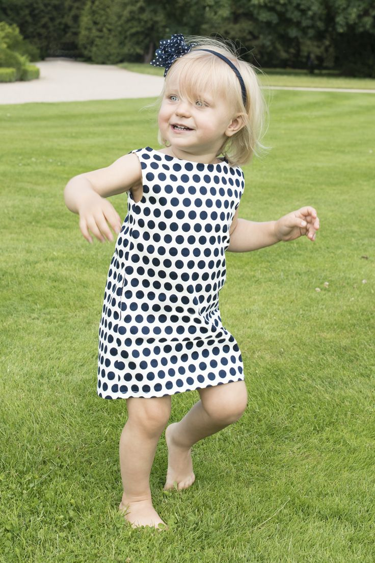 White and Nave  Polka Dot dress with pocket  www.thesame.eu